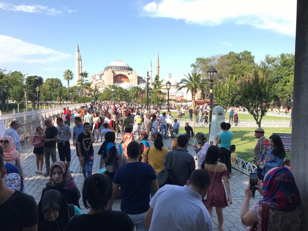 General clothing in Turkey among Turks and Tourists