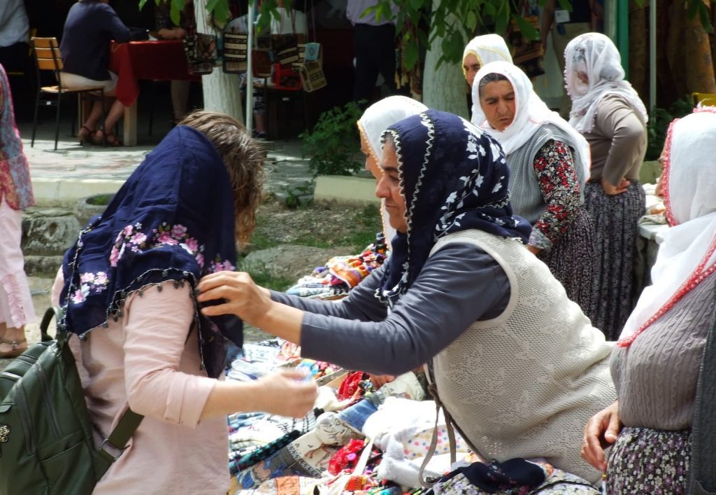 Clothing in Turkey, vilage woman clothing